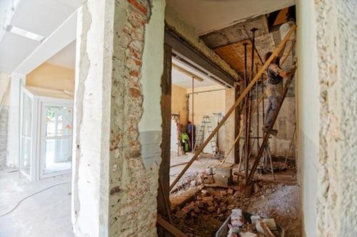 mieszkanie w trakcie remontu